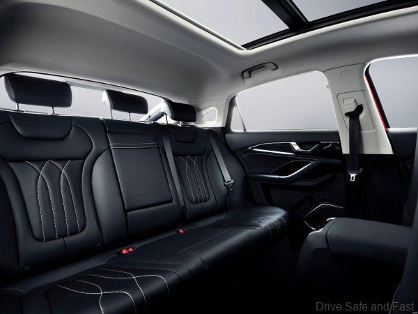 Bestune B70_rear seats