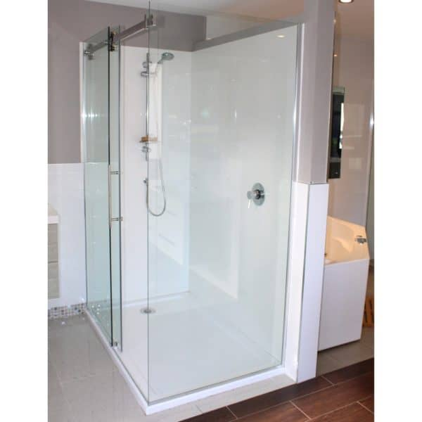 1400x900 Urban Dreamline corner Shower Henry-Brooks