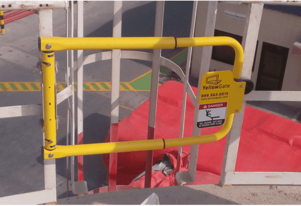 safety gate for platform ladders