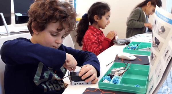 robot pédagogique à construction rapide et simple