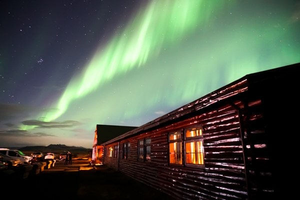 The ultimate guide to spotting the Northern Lights / Aurora Borealis in Iceland! #travel #nature