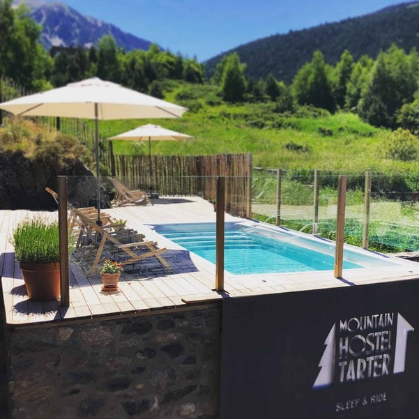 Piscina Jacuzzi en Mountain Hostel Tarter
