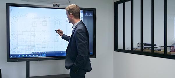 cas clients : installation écran interactif pour faire de la visioconférence