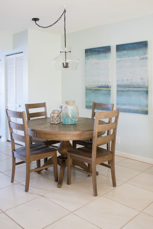 Coastal Dining Room Decor