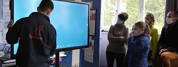 écran interactif installation prise en main