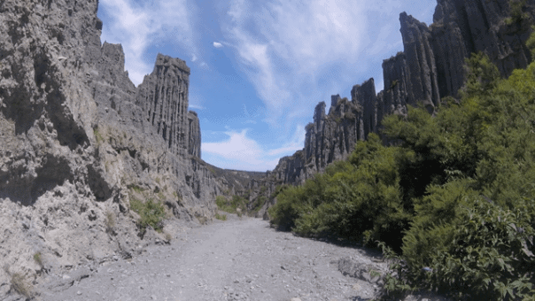 The Incredible Pinnacles, Going NZ