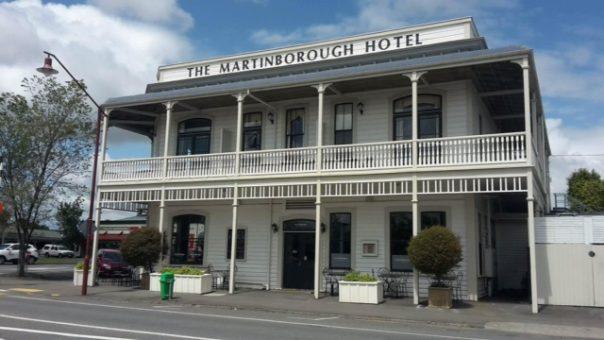 Martinborough Hotel - Going NZ