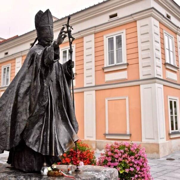 Wadowice John Paul II statue