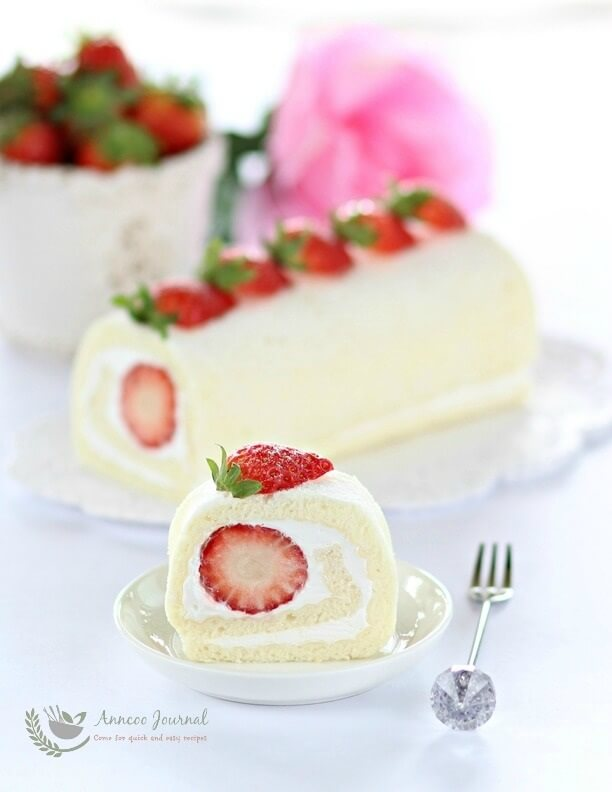 egg white roll cake