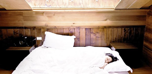 in welche richtung schlafen