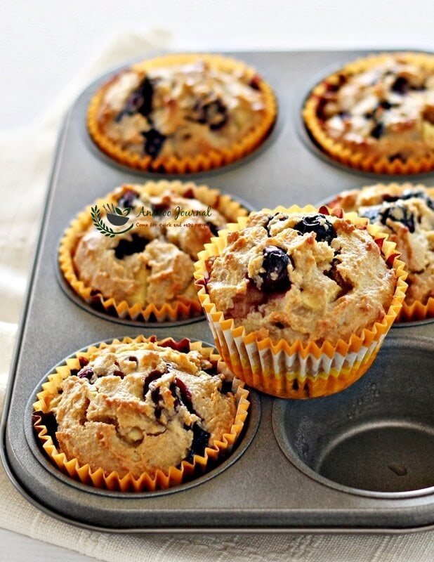 flourless blueberry apple muffins