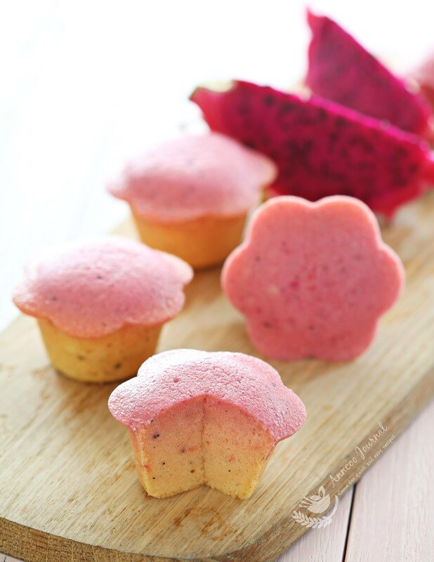 red dragon fruit cakes