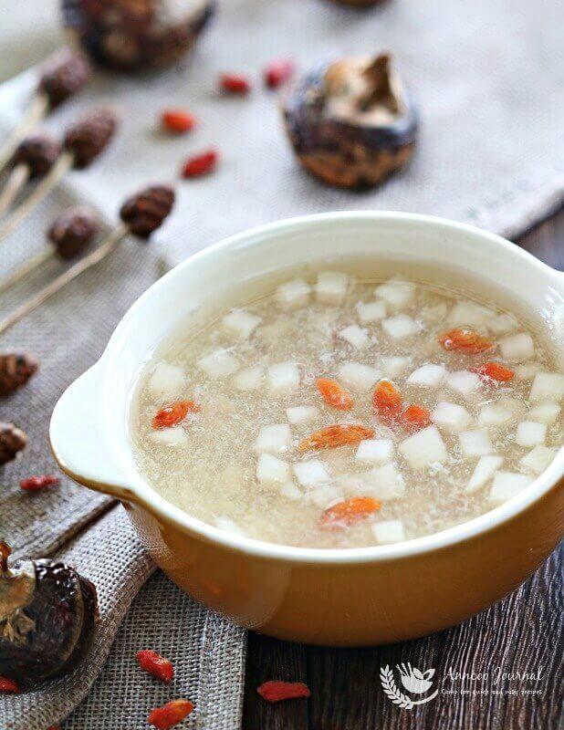 water chestnut sweet soup