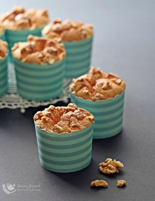 walnut honey chiffon cupcakes