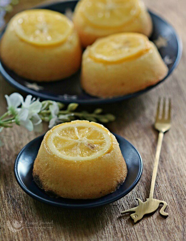 little lemon cakes