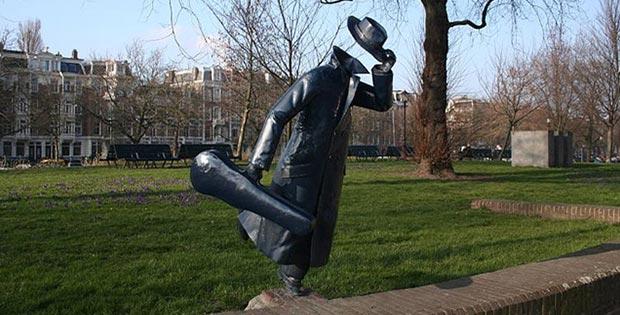 Headless musician, Amsterdam, Netherlands