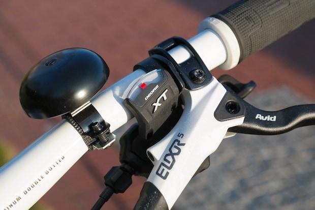 Bike bell on handlebars