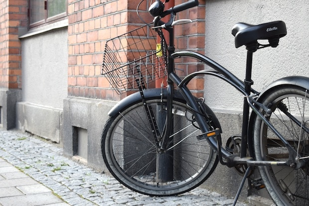 Bicycle with basket mounted on front