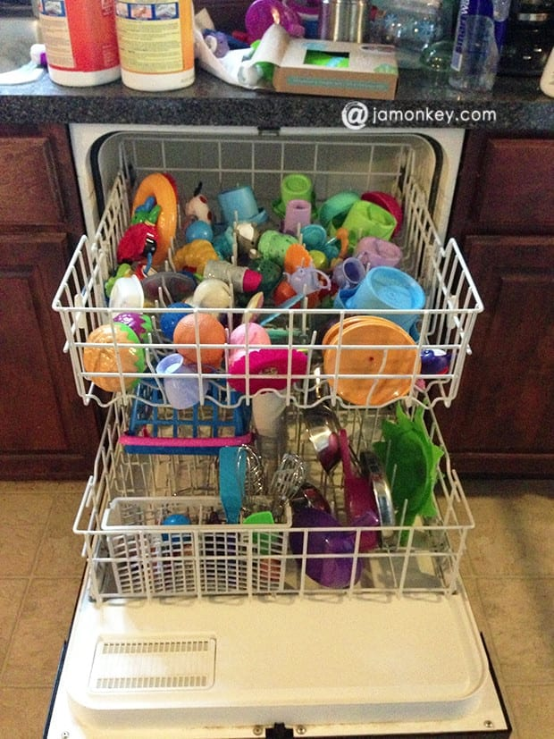clean toys dishwasher