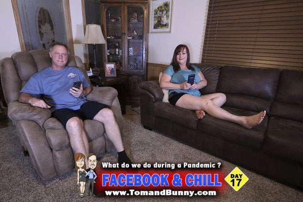 Day 17 - What do we do during a Pandemic - Facebook and Chill