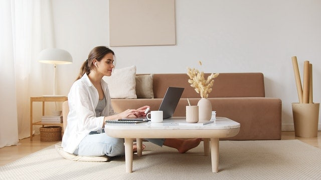 Tips Aman Beli Notebook Secara Online