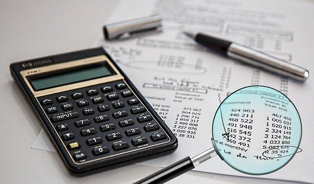 Налоги на зарплату в России для бизнеса