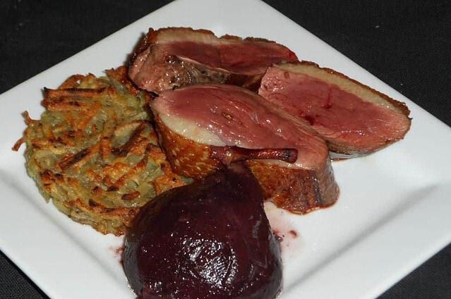 photo de magrets de canard et poires au vin rouge