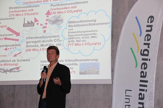 Patrick Hofstetter beim Vortrag zur Klimaerwärmung