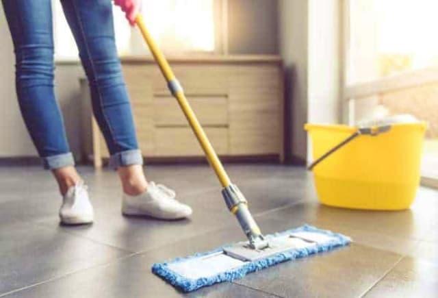 kebersihan kamar anak area lantai kamar si kecil