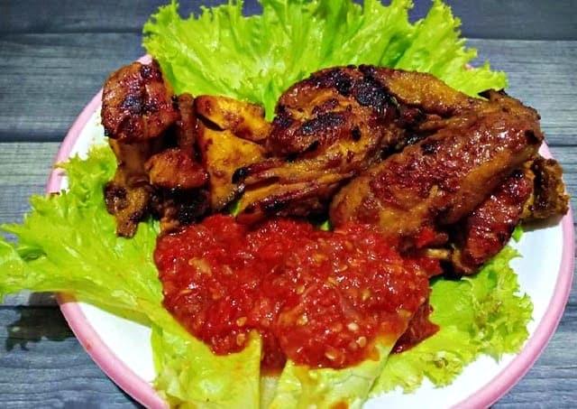 hidangan ayam bakar khas solo, paling enak dinikmati bareng keluarga