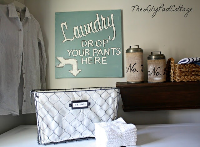 Laundry Sign - www.thelilypadcottage.com