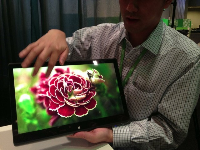 """The R7 has a really big display. Seeing this instead of a little 10"""" tablet (cough) is a massive difference. If some developers took advantage of that, it could be a joy to touch - imagine an oversized tablet with laptop-class performance."""