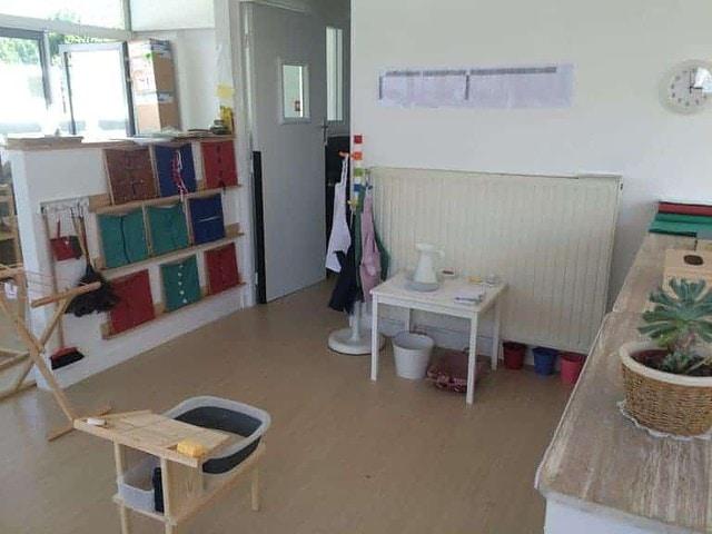La vie pratique dans une ambiance Montessori