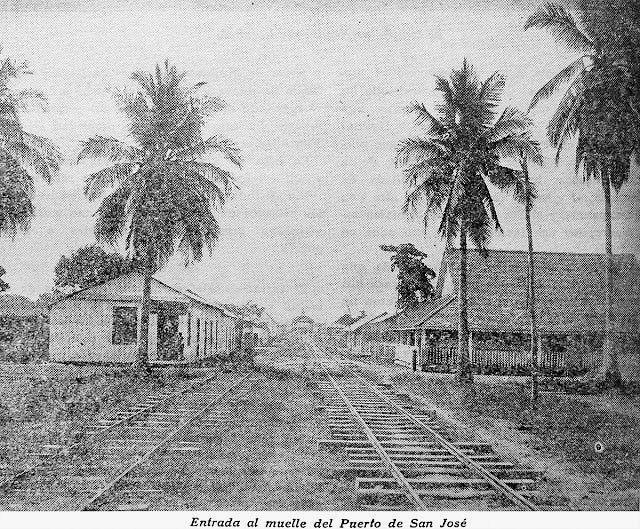 Entrada a la estación de ferrocarril de San José
