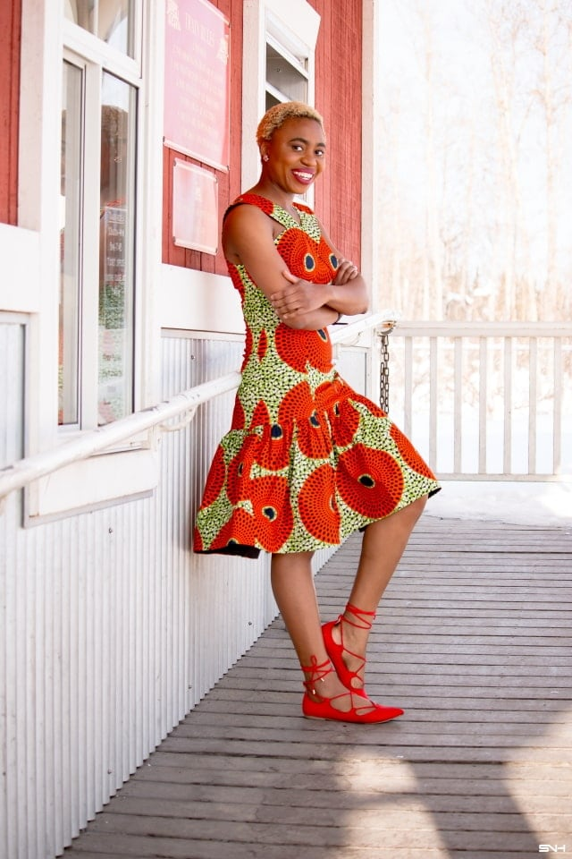 Simple, chic and elegant summer dresses make it easy to style cute clothes. This African print summer dress had this millennial fashionista excited for summer weeks before spring season arrived. 20+ days of African print fashion series continues... #ankara #dashiki #kente