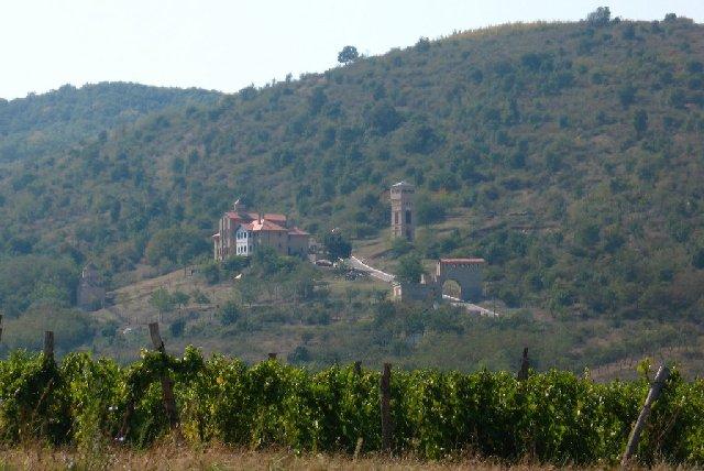 Manastir_Srediste