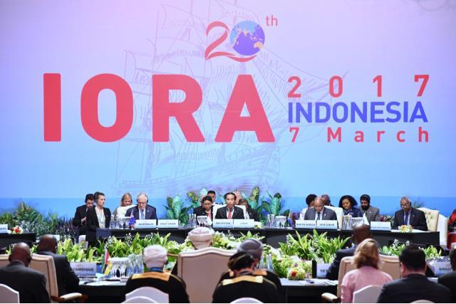 President Jokowi officially closes the 2017 IORA Summit, Tuesday (7/3) at the JCC, Jakarta. (Photo: PR/Jay)