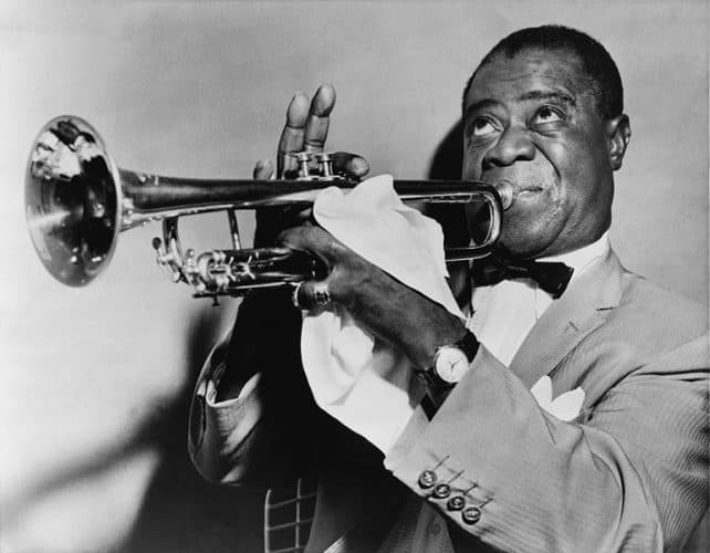 The Cleanest Recordings of 1920s Louis Armstrong Songs You'll Ever Hear - @Open Culture #LouisArmstrong Artes & contextos the cleanest recordings of 1920s