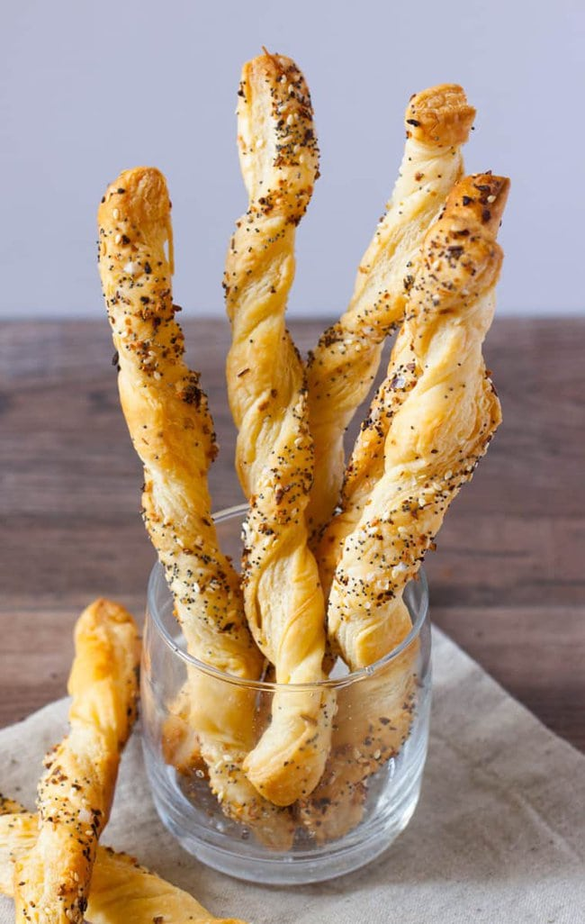 Everything Puff Pastry Breadsticks
