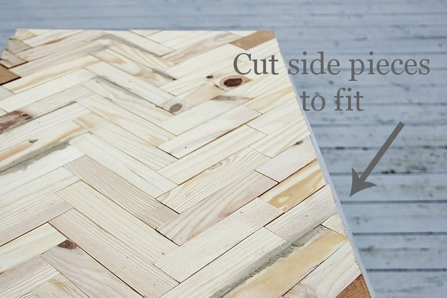 Trim the side pieces to fit the table top