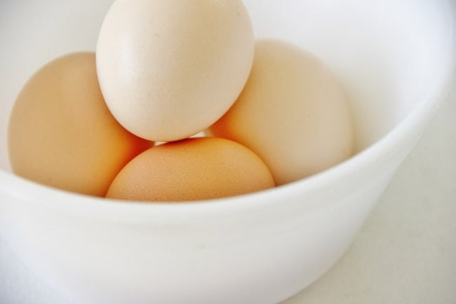 A bowl of eggs for the recipe