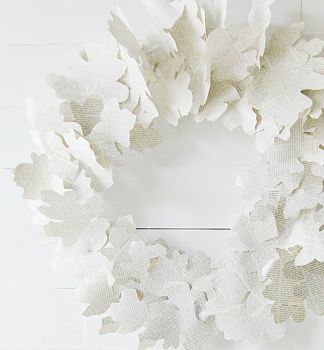 book-page-fall-wreath