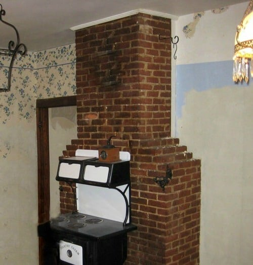 best wall to remove wallpaper diy