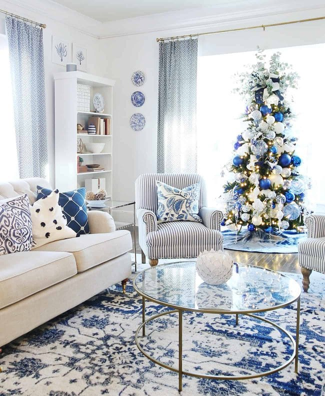 Blue And White Christmas House Decor from cdn.shortpixel.ai