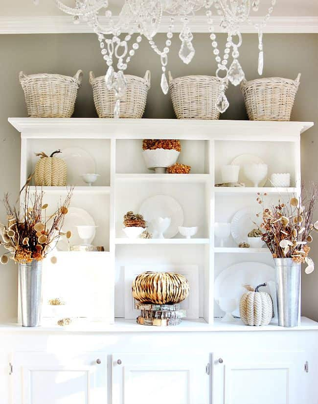 neutral fall decorating