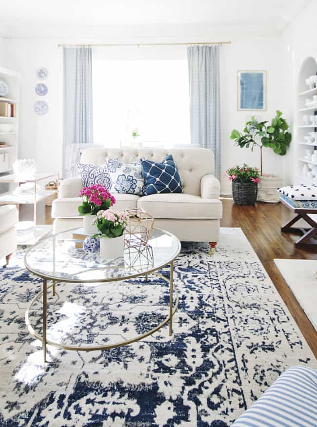 how to pick a paint color blue and white