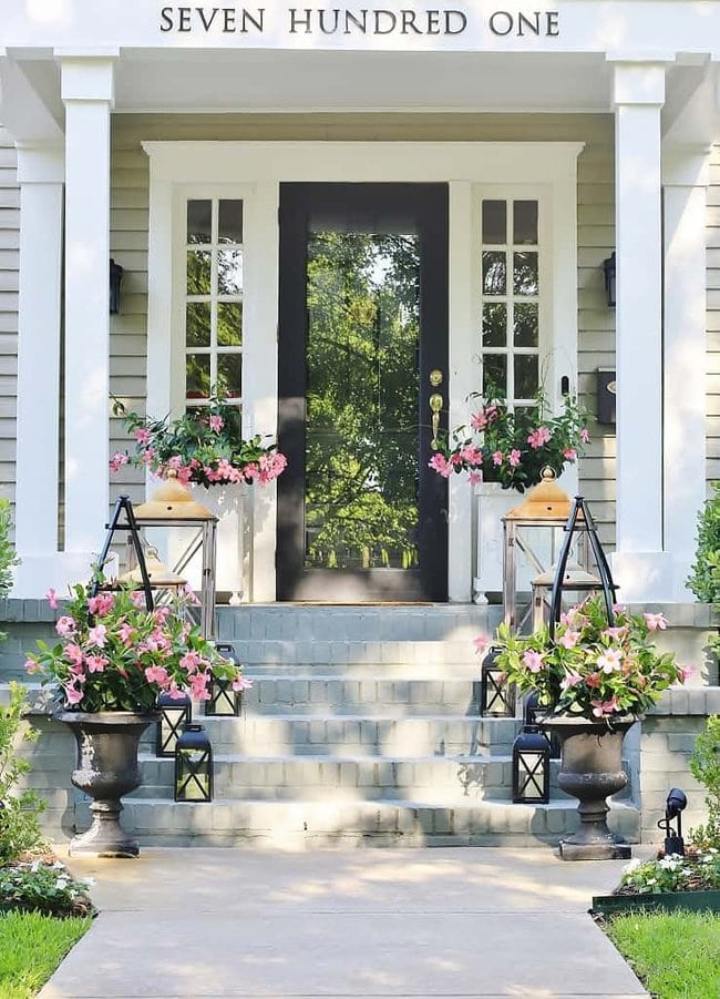 how to make an obelisk urns on front porch