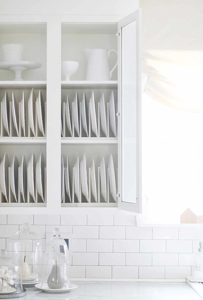decorating mistake not controlling clutter