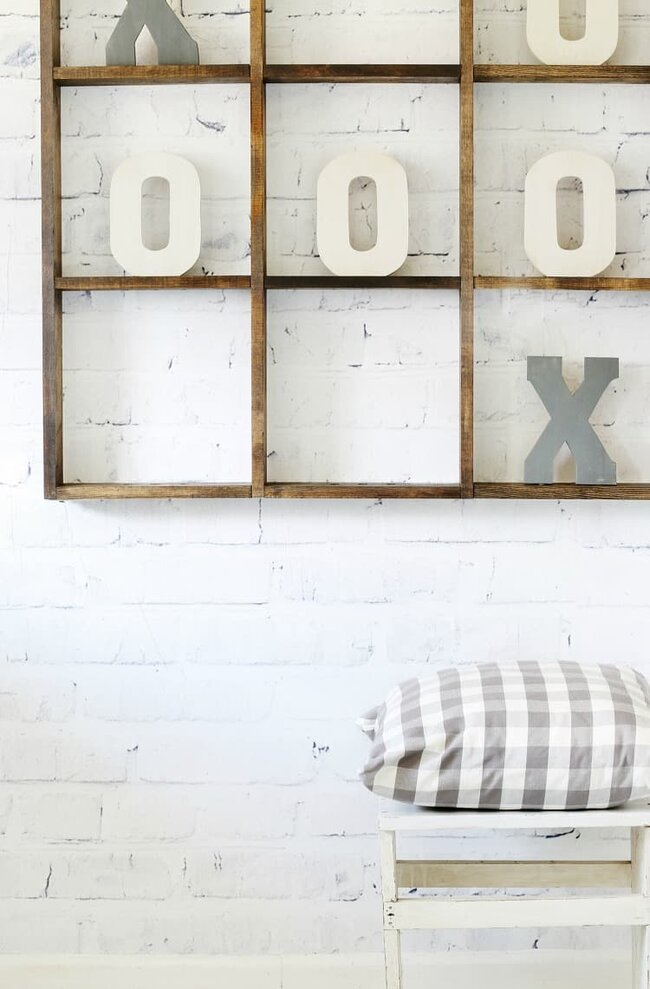 Love this tic tac toe board? It's easy to make yourself!