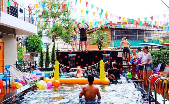 Party Hostels in Chiang Mai; Mad Monkey Backpackers even has a swimming pool